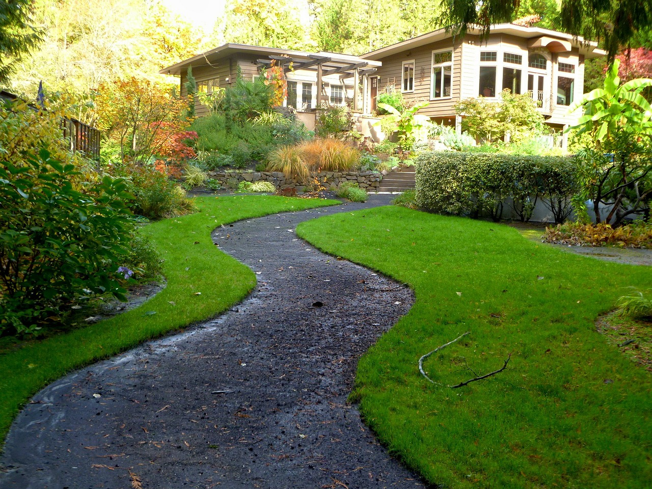 How To Choose The Right Landscaping Service For You