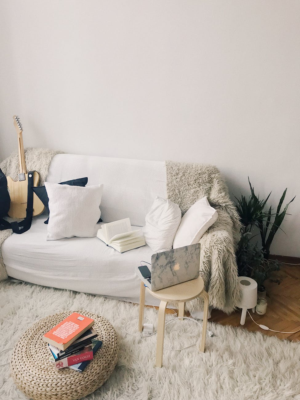 How to Pick the Perfect Sofa for Your Home